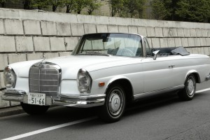 Mercedes-Benz 280SE カブリオレ1968s / WHITE