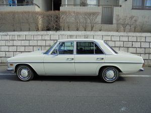 Mercedes-Benz 250S WHITE 1972